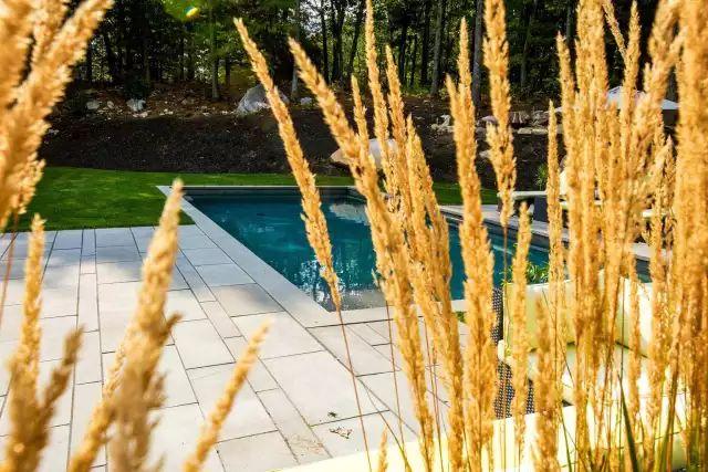 赶紧收藏!21个最美现代风格庭院设计案例_113