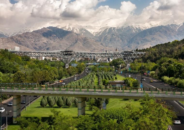 伊朗塔比阿特步行桥-2