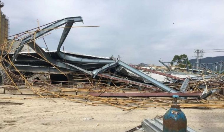 莆田某在建钢结构房屋坍塌,已致5人死亡,疑底层钢柱失稳导致!