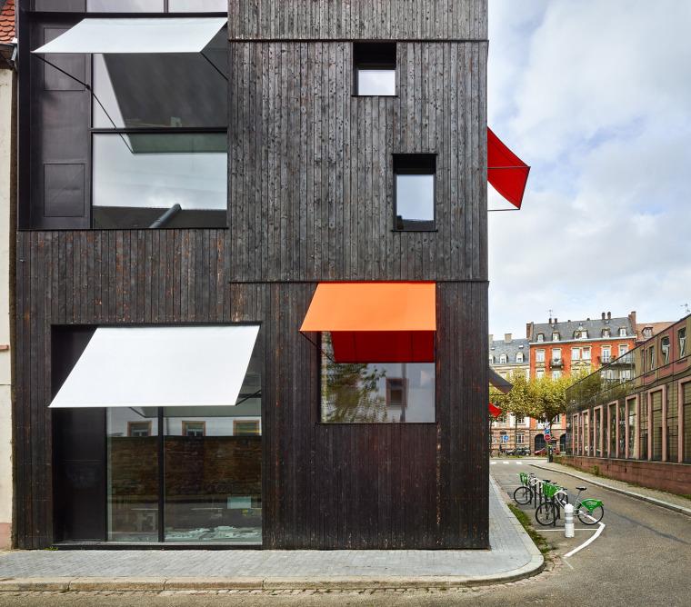 法国斯特拉斯堡办公室与住宅建筑-2