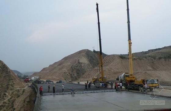 沥青混凝土桥面铺装隆起、粘结不牢、裂缝、渗水怎么办?