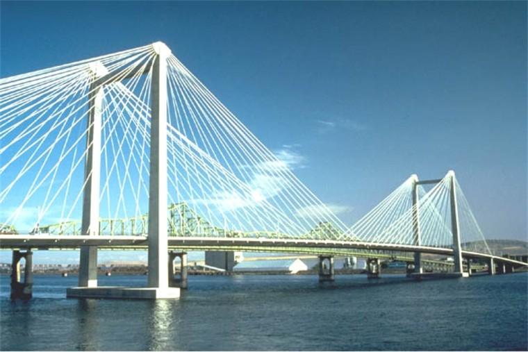 桥梁工程之斜拉桥设计概论(PPT,94页)-第一座密索体系混凝土斜拉桥