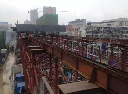 BIM技术在高架桥箱梁顶推施工的应用研究