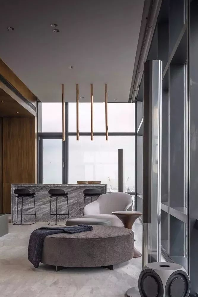 130m²的单身公寓,土豪请进来!_12