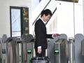 """上海地铁完成全网全部闸机改造 """"刷码过闸""""畅行各站"""