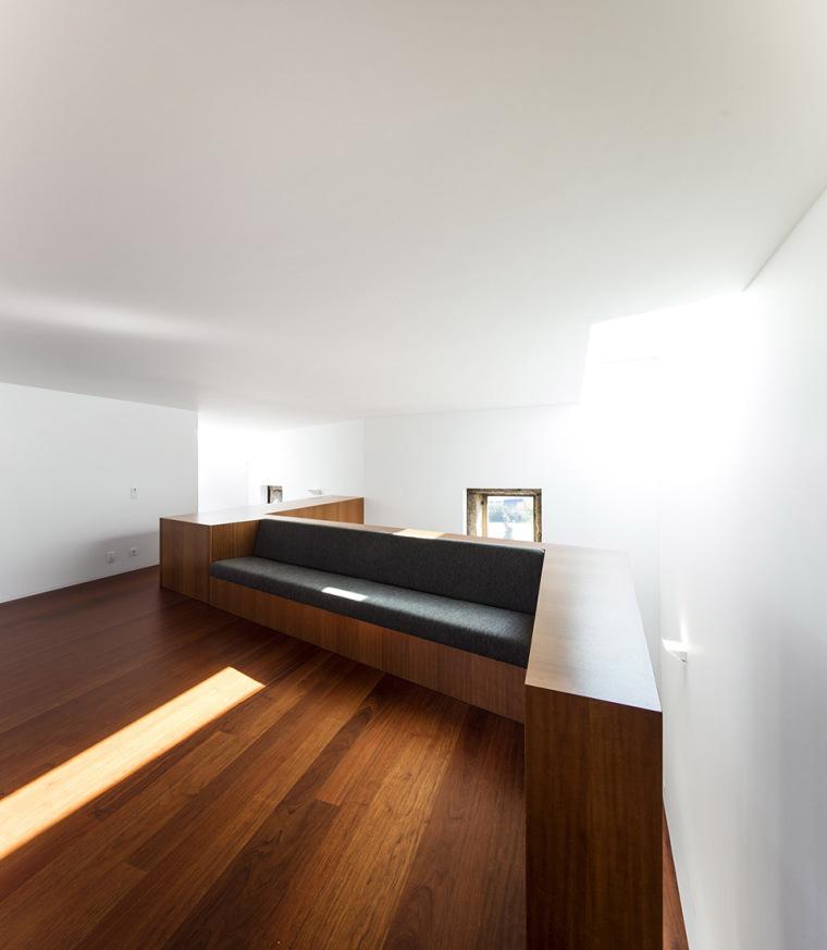 葡萄牙Vigario住宅-030-Vigário-House-Portugal-by-AND-RÉ