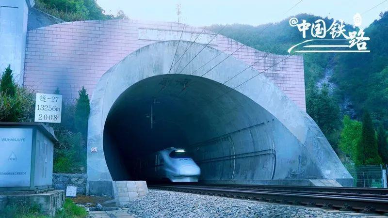 美!这里已成为高铁旅行打卡圣地!_16
