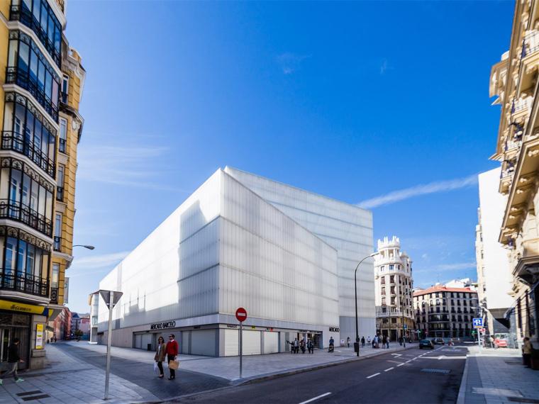 西班牙Barceló图书馆及运动馆_1