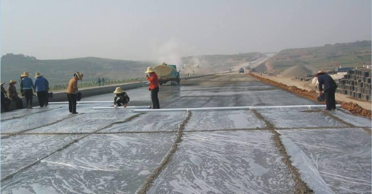 混凝土冬季施工和电热毯养护