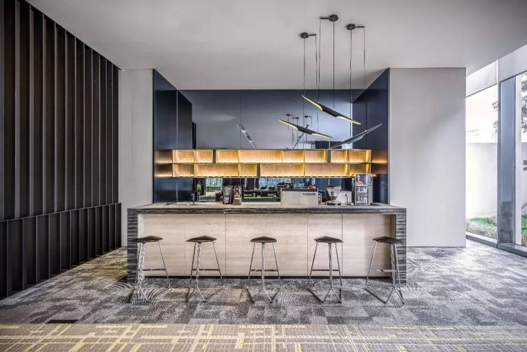 开放式厨房遇见客厅,究竟要如何规划?