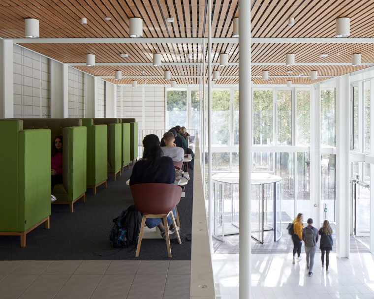 005-teaching-and-learning-building-of-university-of-nottingham-by-make-architects