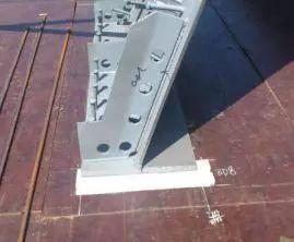 波形钢腹板组合体内外预应力混凝土箱梁施工工法_5