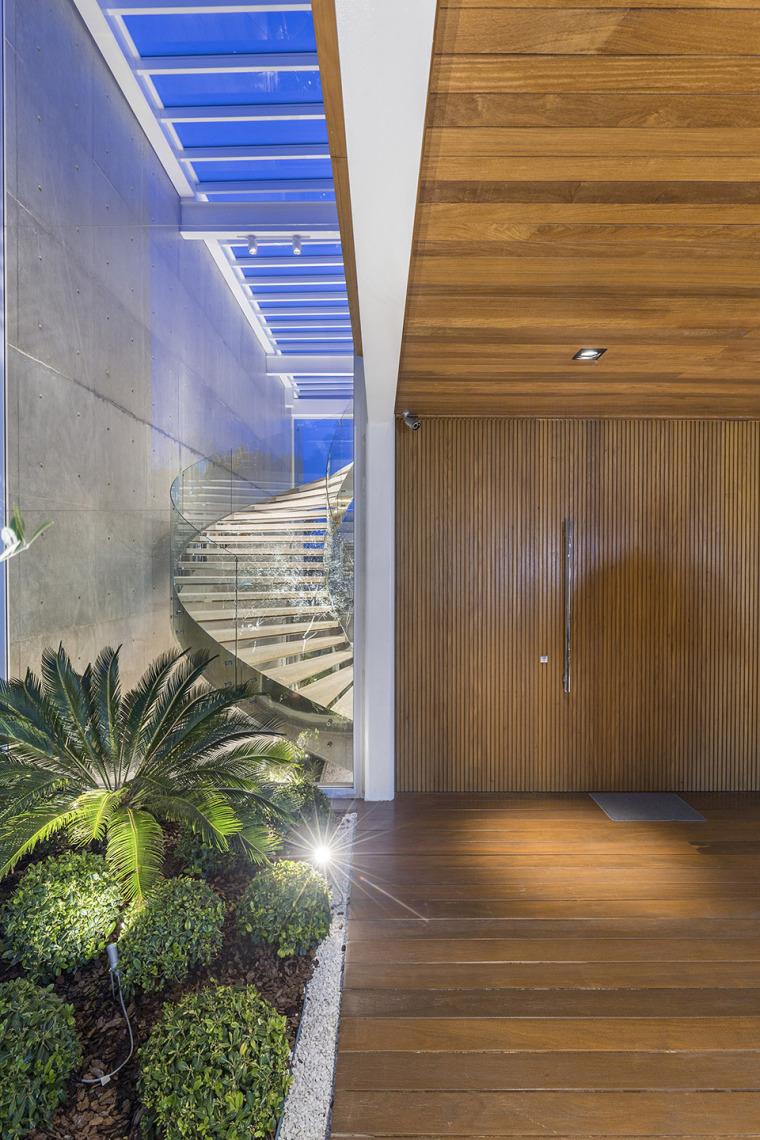 结构与空间融合的JardimdoSol住宅-36