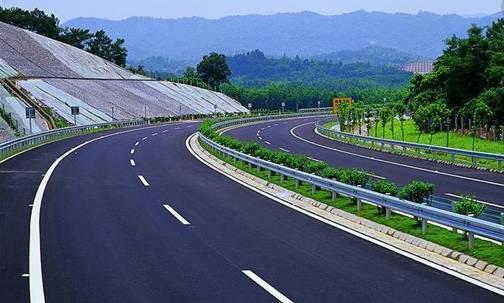 路基路面排水设计在高速公路上的应用
