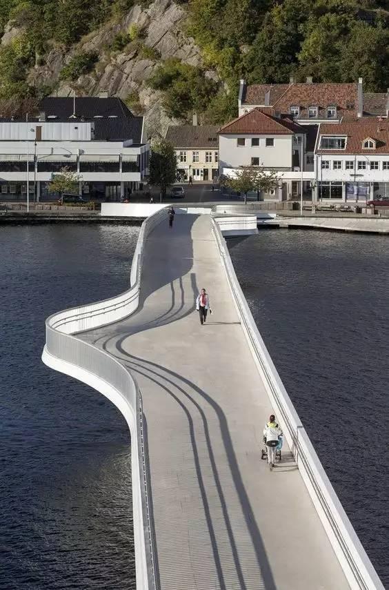 带你看看世界各地奇形怪状的景观桥,不要谢我!_18