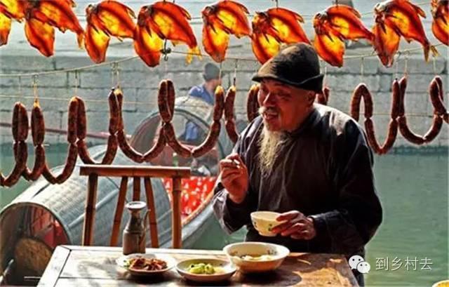 设计酱:忘记乌镇、西塘、周庄吧!这些古镇古村,很美很冷门!_26