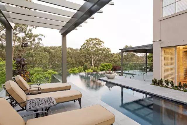 赶紧收藏!21个最美现代风格庭院设计案例_124