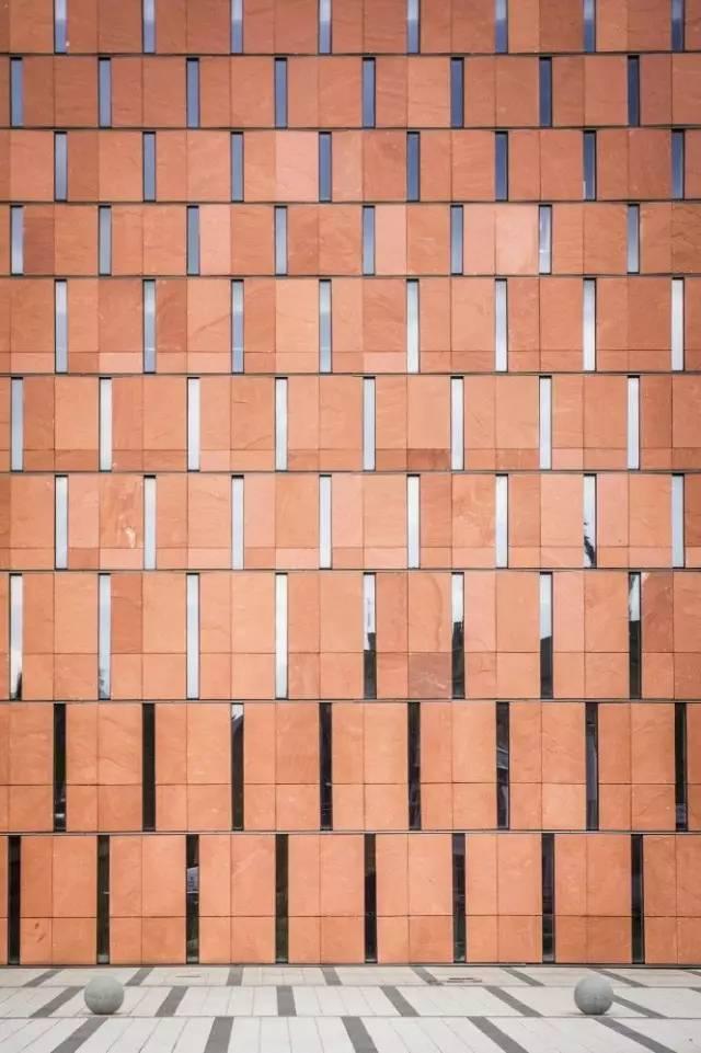 原来红砖也这么美,为啥还对昂贵的大理石如此执着!_4
