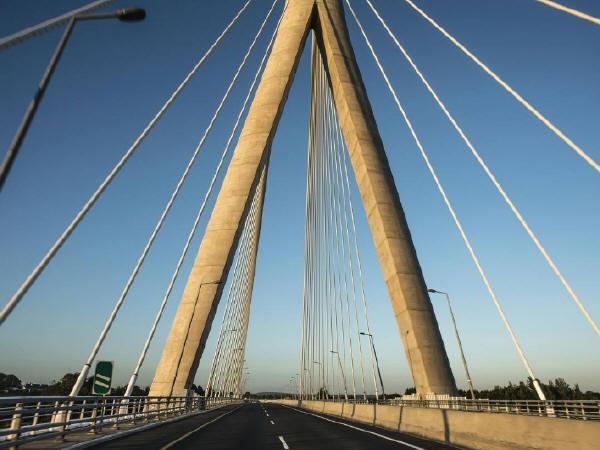 大型桥梁结构潜在的病害及加固处理