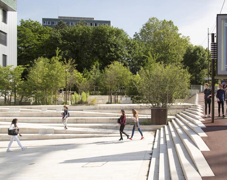 法国Malabry新社区广场