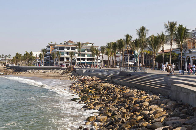 墨西哥巴亚尔塔港海滨景观设计_4
