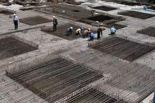 基础、梁、柱、墙、板钢筋施工的45个致命错误_1