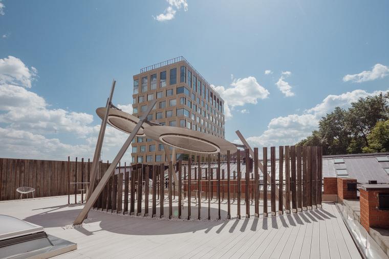 莫斯科办公楼顶的吸烟亭-13