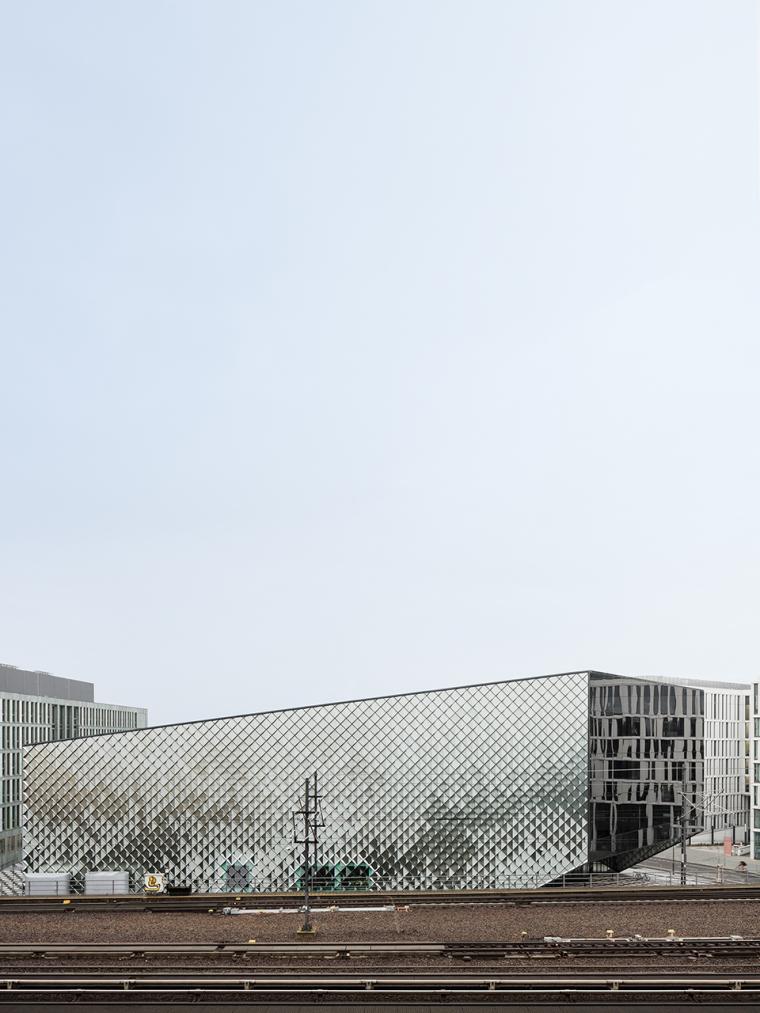 德国低耗能的会展中心-3