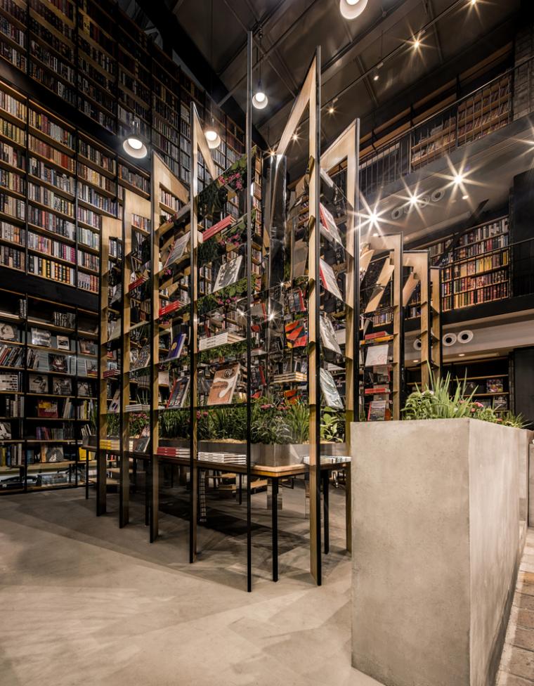 上海Hauser与Wirth书店-12