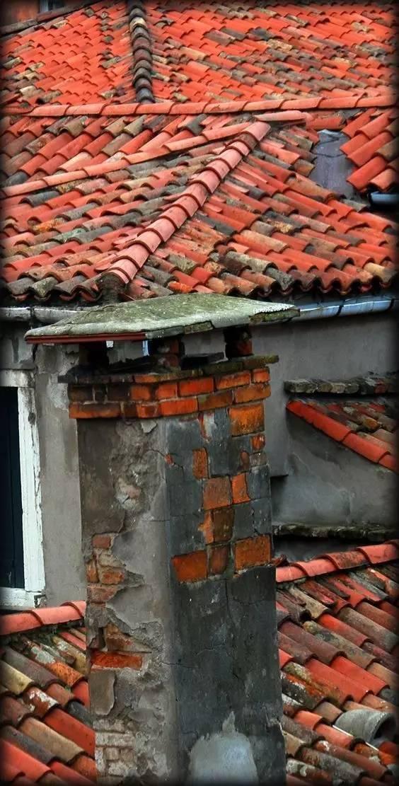 屋顶上的创意丨瓦片_12