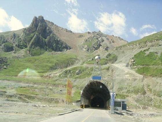 隧道施工技术总结40页