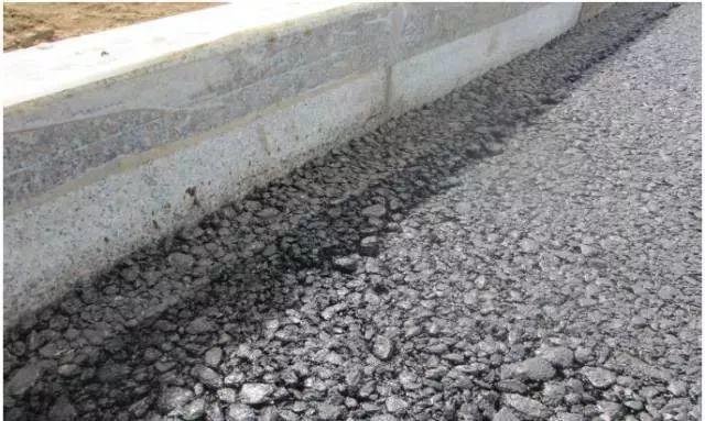 市政道路工程质量通病防治手册_22