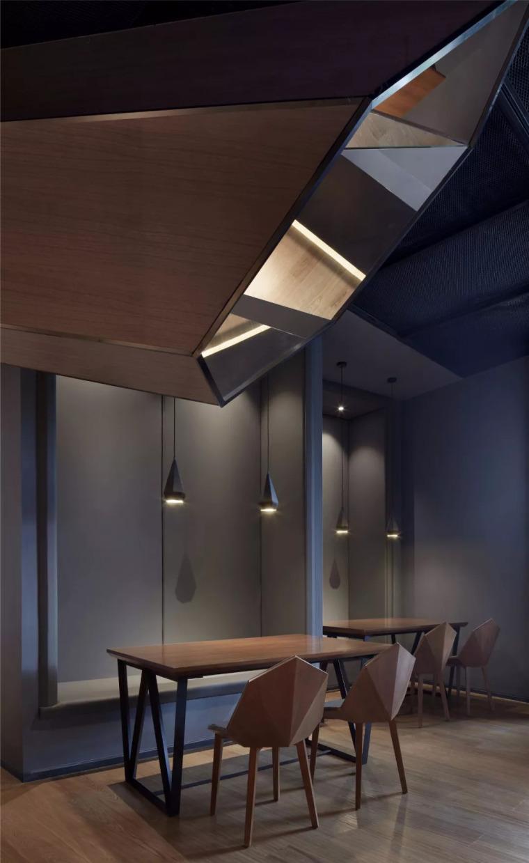 北京蓝色港湾花酷餐厅设计案例欣赏_12