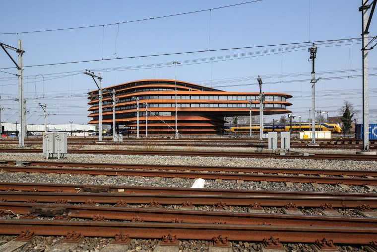 荷兰乌特勒支列车控制中心大楼_4