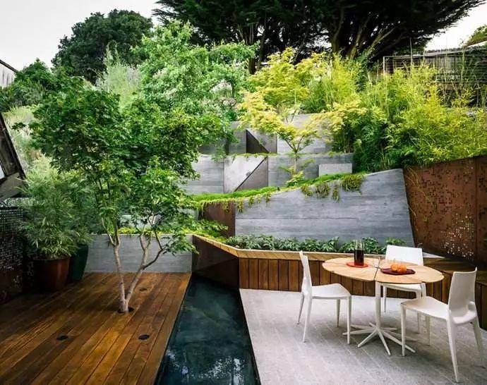 混凝土与绿植的碰撞——别样庭院