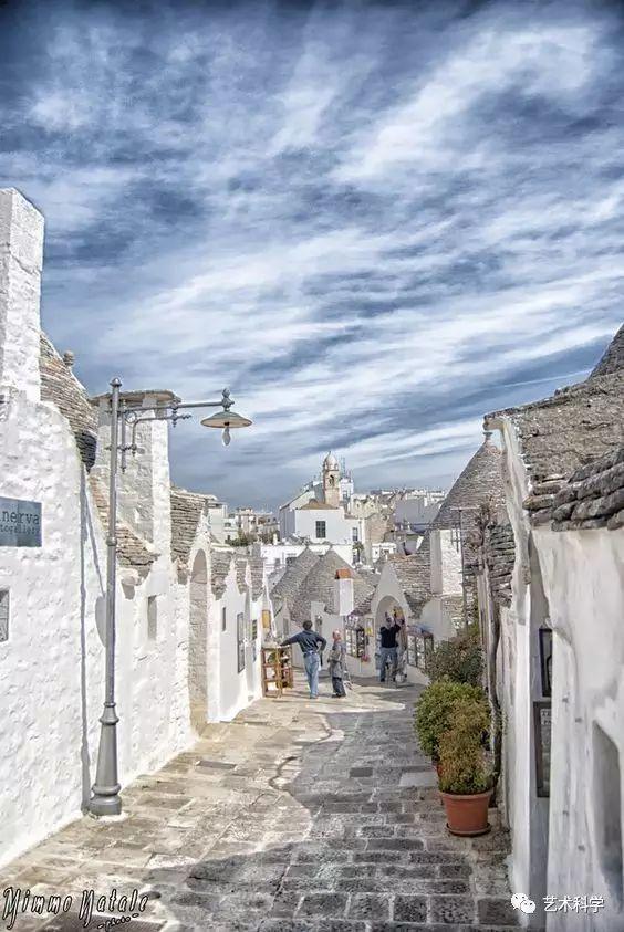 世界上最美的小镇,每走一步都是风景_2