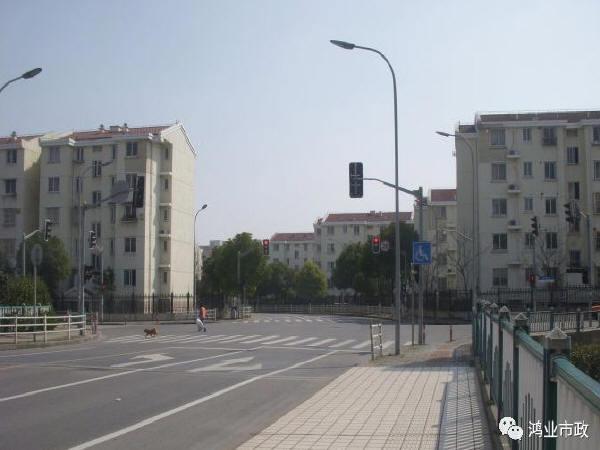 城市道路的居住小区交叉口设计探讨