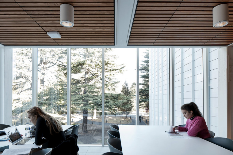 003-teaching-and-learning-building-of-university-of-nottingham-by-make-architects