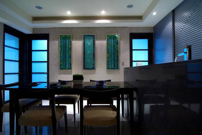 130平米二居室现代简约客厅背景墙设计效果图_2
