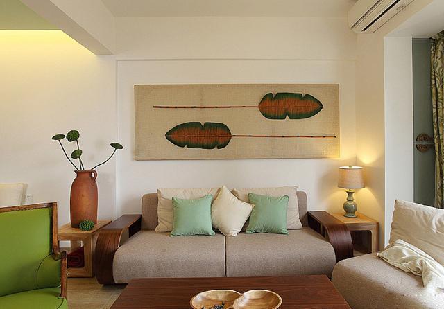 这样的沙发与背景墙搭配的怎么样?