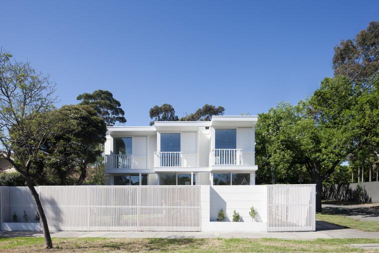 每个房子都有相同的折叠外立面