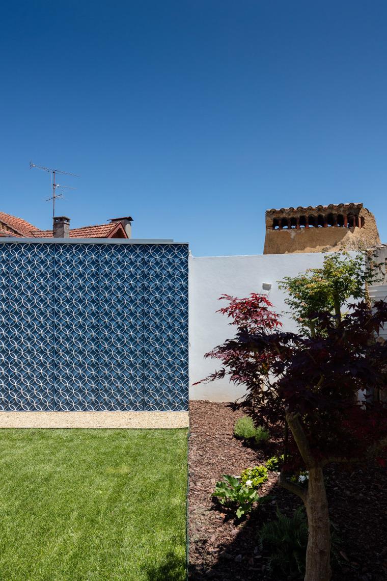 葡萄牙奥瓦尔住宅-23