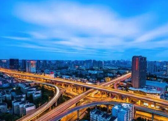 管理启示:国外高速公路特许经营管理经验