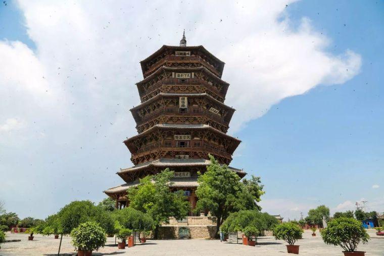 梁思成逝世46周年祭:能挽救千年的建筑,却没能救下老北京城_12