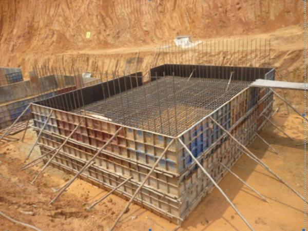 I级公路混凝土浇筑现浇竹胶板模板4X4m盖板涵施工组织设计53页