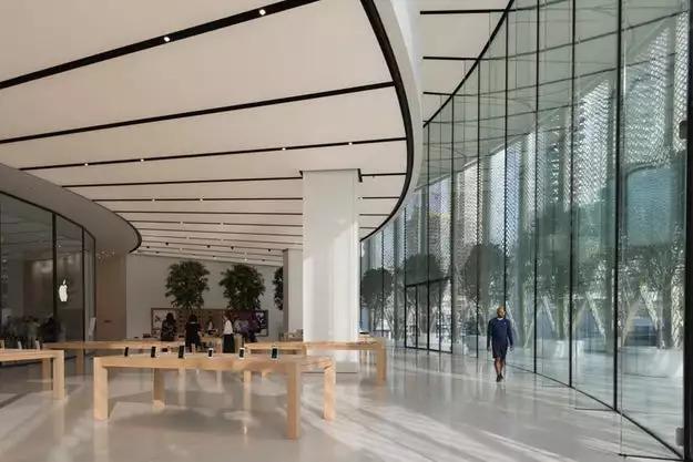 比买iphone手机更重要的,是逛苹果的地标_40