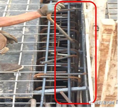 現場墻、板、梁鋼筋連接施工要點及常見問題_49