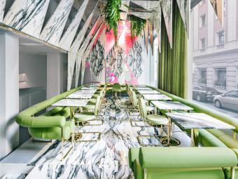 西班牙大理石的华丽咖啡馆