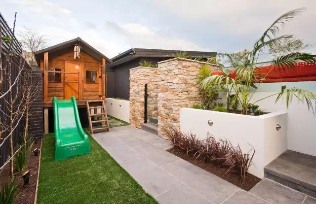 赶紧收藏!21个最美现代风格庭院设计案例_80