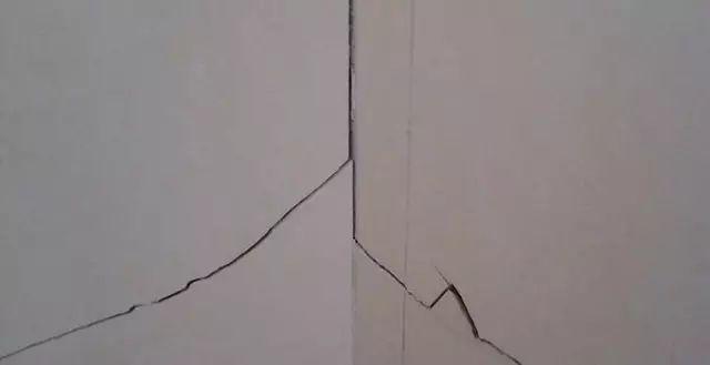 墙面开裂的5种修补方法